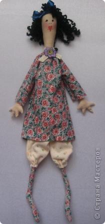 кукла-кудряшка..