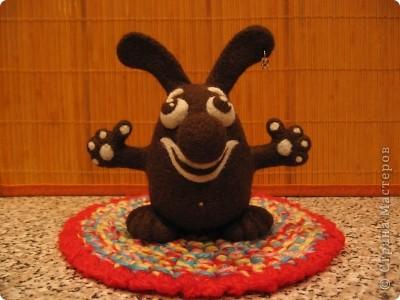 Шоколадный заяц. Размер: 13х13 см. 100% шерсть. Техника сухого валяния. фото 1