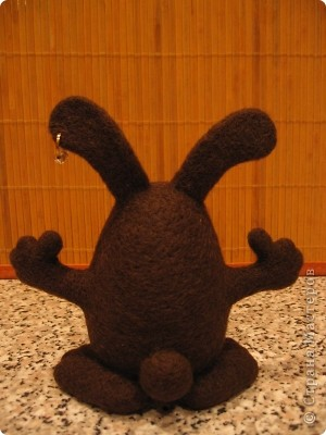 Шоколадный заяц. Размер: 13х13 см. 100% шерсть. Техника сухого валяния. фото 3