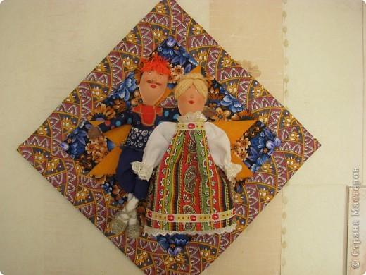 панно. куклы из пластиковых ложек фото 1