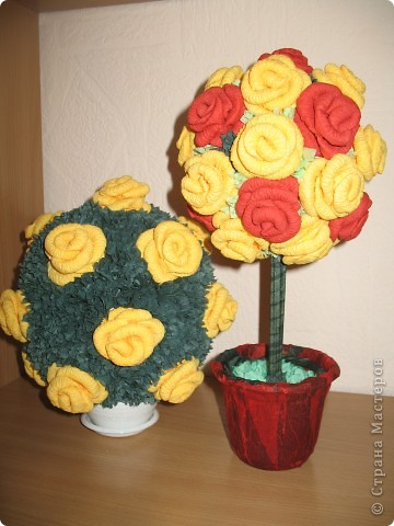 Спасибо Олисандре за ее замечательные МК, именно она своими работами вдохновила меня вырастить такие деревья из роз. фото 2