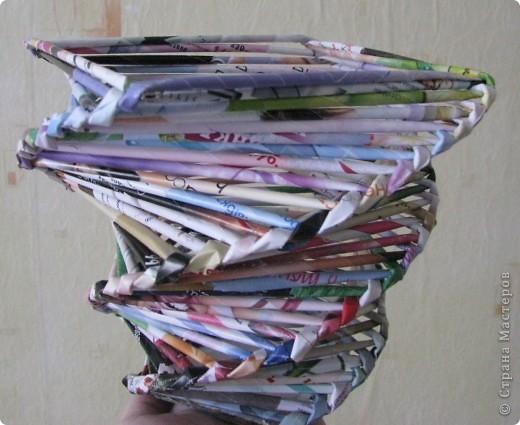Ну вот такая первая вазочка... Будем туда конфетки ложить! =) фото 1