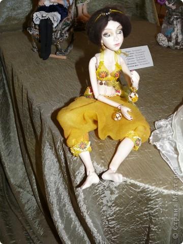Куклы в национальных костюмах фото 7