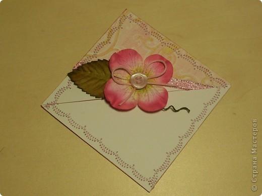 К дню Рождения подруги сделала ей такие небольшие сувенирчики - закладки-уголки. Читать она любит, так что надеюсь они ей пригодятся)) фото 2