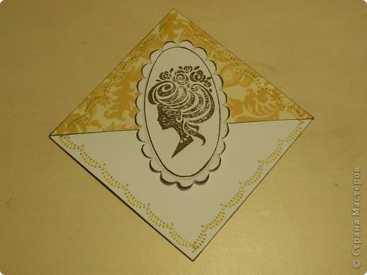 К дню Рождения подруги сделала ей такие небольшие сувенирчики - закладки-уголки. Читать она любит, так что надеюсь они ей пригодятся)) фото 3