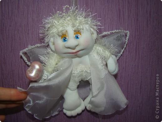Давно хотела сделать ангелочка. Задумка была немного другая, но тем и интереснее шить, не знаешь, какой получится. фото 2