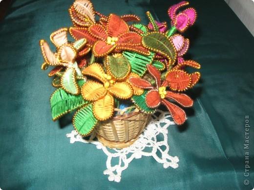 Возрождение старины. Под названием подразумевается возрождение этого вида плетения цветов. Мне самой эта работа очень нравится.  фото 2