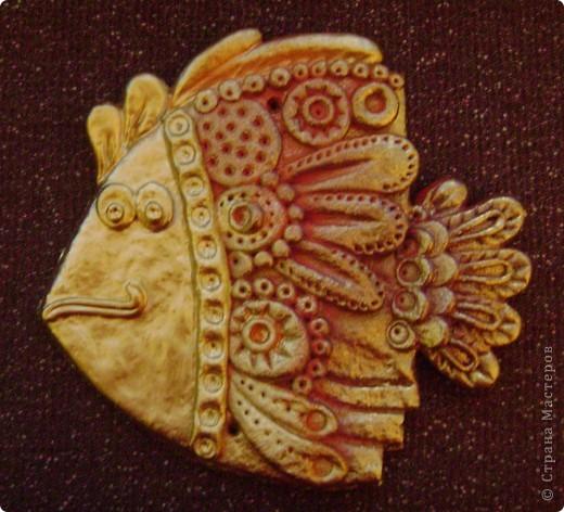 рыбка из соленого теста, почти золотая))) фото 1