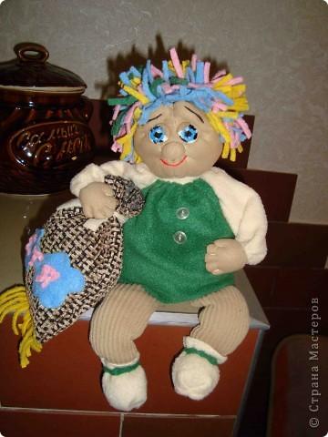 Ох и нравится мне это занятие - шить куклы. Отдыхаю душой. Я только второй месяц как попробовала их шить. Но они все такие разные. Не знаю кому как, а мне нравится. Сегодня у меня получился вот такой ангел. фото 2