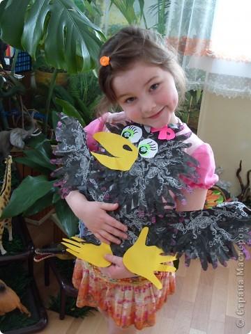 """Готовимся к Празднику птиц. 1 апреля - завершается наш проект """"Птицы... они такие разные"""". Заключительным этапом будет викторина между двумя командами детей старших групп. Дети готовятся серьезно и основательно. С моей помощью каждый смастерил свою птицу и готовит ей презентацию. фото 3"""