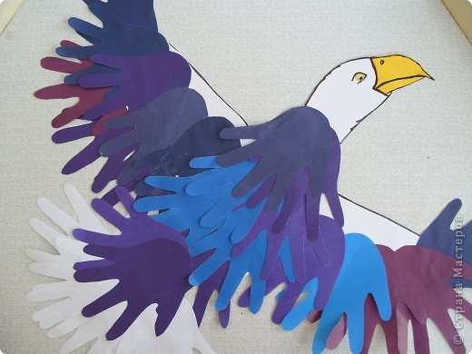 """Готовимся к Празднику птиц. 1 апреля - завершается наш проект """"Птицы... они такие разные"""". Заключительным этапом будет викторина между двумя командами детей старших групп. Дети готовятся серьезно и основательно. С моей помощью каждый смастерил свою птицу и готовит ей презентацию. фото 10"""