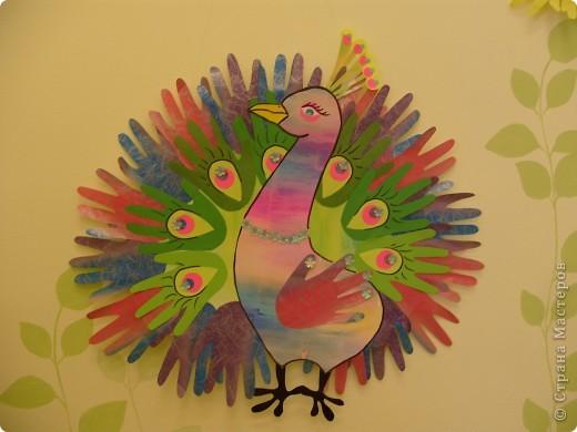 """Готовимся к Празднику птиц. 1 апреля - завершается наш проект """"Птицы... они такие разные"""". Заключительным этапом будет викторина между двумя командами детей старших групп. Дети готовятся серьезно и основательно. С моей помощью каждый смастерил свою птицу и готовит ей презентацию. фото 14"""