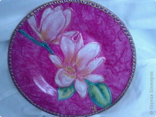 Была простая стеклянная тарелочка. фото 1