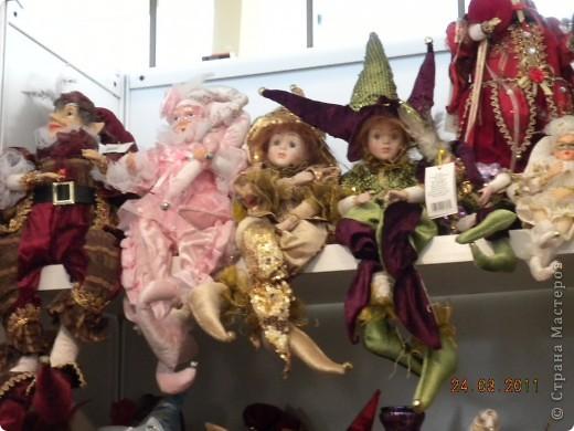 """Вчера я побывала на выставке """"Стильная кукла"""", которая проходит в г. Одессе. Спешу поделиться с вами рукотворной красотой. К сожалению, не могу написать имена мастеров, так как познакомиться с ними не догдалась. Если ещё раз схожу на неё ( очень хотелось бы), то обязательно исправлюсь. Если кто-то узнает свои работы - напишите мне. фото 9"""