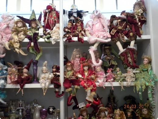 """Вчера я побывала на выставке """"Стильная кукла"""", которая проходит в г. Одессе. Спешу поделиться с вами рукотворной красотой. К сожалению, не могу написать имена мастеров, так как познакомиться с ними не догдалась. Если ещё раз схожу на неё ( очень хотелось бы), то обязательно исправлюсь. Если кто-то узнает свои работы - напишите мне. фото 10"""