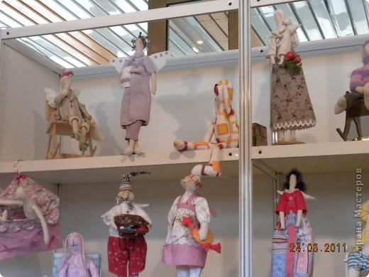 """Вчера я побывала на выставке """"Стильная кукла"""", которая проходит в г. Одессе. Спешу поделиться с вами рукотворной красотой. К сожалению, не могу написать имена мастеров, так как познакомиться с ними не догдалась. Если ещё раз схожу на неё ( очень хотелось бы), то обязательно исправлюсь. Если кто-то узнает свои работы - напишите мне. фото 11"""