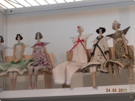 """Вчера я побывала на выставке """"Стильная кукла"""", которая проходит в г. Одессе. Спешу поделиться с вами рукотворной красотой. К сожалению, не могу написать имена мастеров, так как познакомиться с ними не догдалась. Если ещё раз схожу на неё ( очень хотелось бы), то обязательно исправлюсь. Если кто-то узнает свои работы - напишите мне. фото 13"""