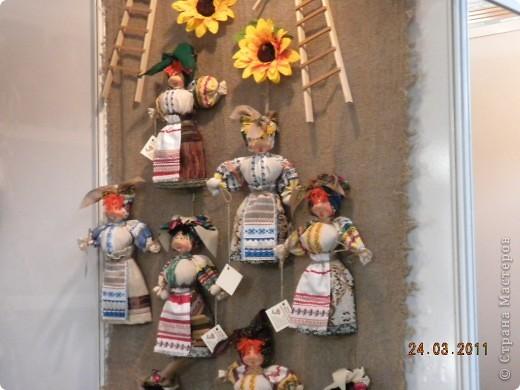 """Вчера я побывала на выставке """"Стильная кукла"""", которая проходит в г. Одессе. Спешу поделиться с вами рукотворной красотой. К сожалению, не могу написать имена мастеров, так как познакомиться с ними не догдалась. Если ещё раз схожу на неё ( очень хотелось бы), то обязательно исправлюсь. Если кто-то узнает свои работы - напишите мне. фото 18"""