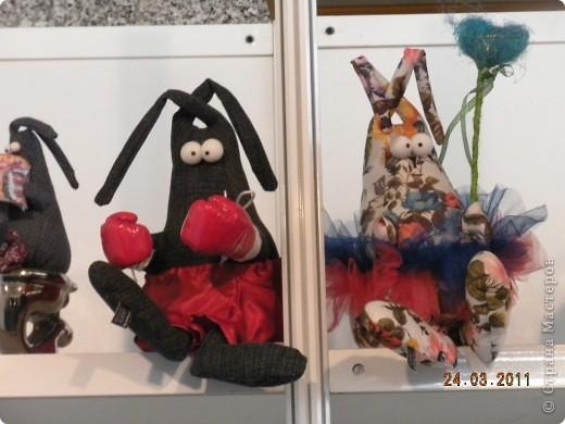 """Вчера я побывала на выставке """"Стильная кукла"""", которая проходит в г. Одессе. Спешу поделиться с вами рукотворной красотой. К сожалению, не могу написать имена мастеров, так как познакомиться с ними не догдалась. Если ещё раз схожу на неё ( очень хотелось бы), то обязательно исправлюсь. Если кто-то узнает свои работы - напишите мне. фото 29"""
