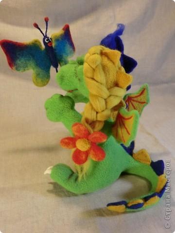 валяный шуточный дракончик с бабочкой, рост23см фото 8