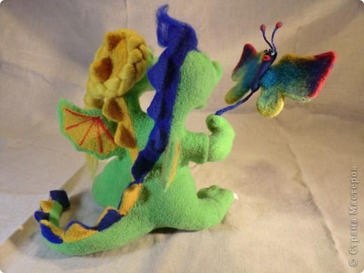 валяный шуточный дракончик с бабочкой, рост23см фото 10