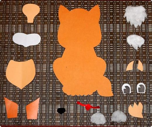 Вам понадобиться:  цв. картон (основа) цв. бумага бархатная бумага (носик) ватные диски (лапки, грудка и челка) ножницы клей-карандаш фото 2