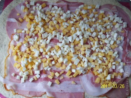 Рулет с сыром и ветчиной. фото 8