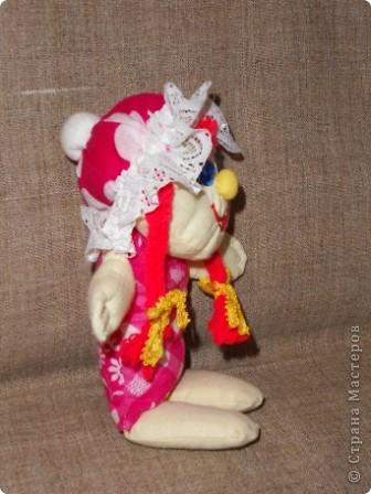 """Наконец нашла своё """"сокровище"""" - образцы прежних кукол из ткани. Мы их шили с таким удовольствием в то время, когда в магазинах не было такого выбора кукол, как сейчас... Тем они были и дороги. Даже ткани было мало, я использовала свои запасы. фото 4"""