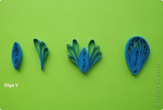 Продолжаю изучать основы квиллинга.  Недавно увидела  на любимом корейском сайте http://blog.naver.com/paper6262 этот замечательный синий цветок. Решила попробовать сделать такой же. фото 3