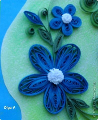 Продолжаю изучать основы квиллинга.  Недавно увидела  на любимом корейском сайте http://blog.naver.com/paper6262 этот замечательный синий цветок. Решила попробовать сделать такой же. фото 2
