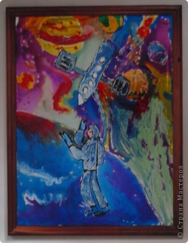 Дениска Коровенков, 7 лет выполнил рисунок на стекле. фото 1