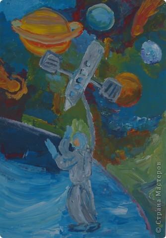 Дениска Коровенков, 7 лет выполнил рисунок на стекле. фото 2