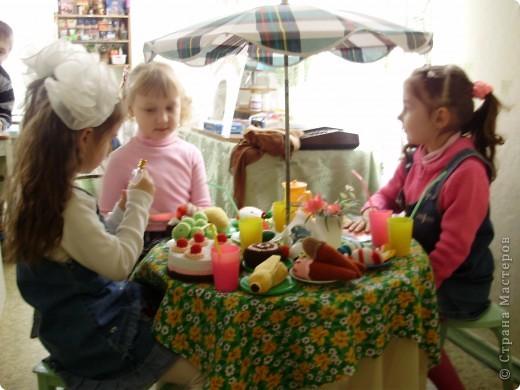 Такие вязаные игрушки в виде фруктов можна использовать как макет в детских  садиках , театрах или просто для украшения и декора вашей кухни , ведь фрукты связаны в натуральную величину . фото 7