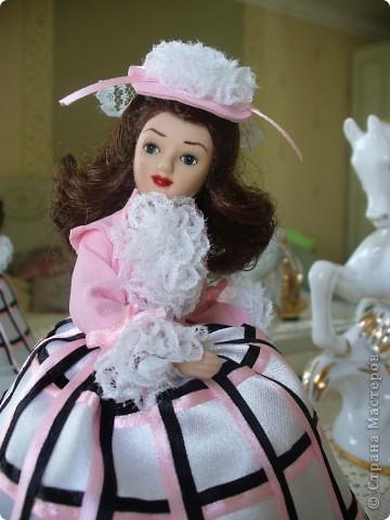 """Увидев по ТВ рекламу журнала с куклами """"Дамы эпохи"""", решила, что обязательно соберу всю коллекцию. Купила первую куклу -  Джейн Эйр. Но, она не была похожа на героиню известного романа. фото 8"""
