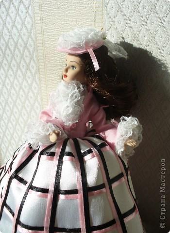"""Увидев по ТВ рекламу журнала с куклами """"Дамы эпохи"""", решила, что обязательно соберу всю коллекцию. Купила первую куклу -  Джейн Эйр. Но, она не была похожа на героиню известного романа. фото 9"""