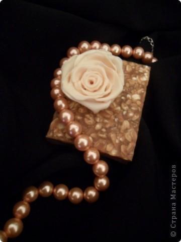 Роза- детское мыло с желатином; коричневое- детское мыло с молоком и медом, с какао и овсянкой, миндальным маслом. фото 1
