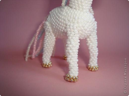 Долго заглядывалась на лошадок в блогах Ируси 3 и Феи, а теперь у меня есть своя коняжка-единорог, только из бисера. фото 8