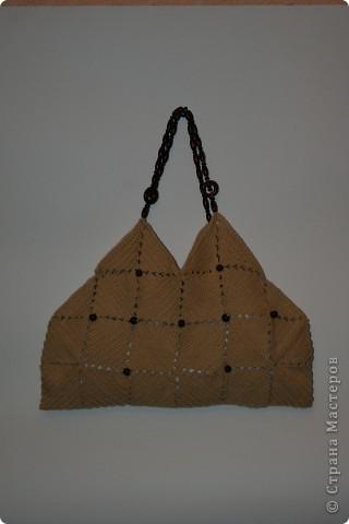 Здравствуйте, дорогие друзья! Разрешите представить свой вариант сумочки из квадратов.  фото 1