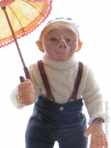 У нас в Запорожье ко Дню Кукольника,прошла выставка кукол.Выставлялись запорожские мастера кукол первый раз,но был полный аншлаг!Заранее прошу прощения,что не всех мастеров назову и не о всех техниках смогу рассказать...Но не могу удержаться,зная,что многим мастерам будет интересно. фото 48