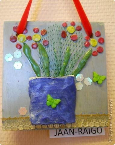 основа-дерево,глина,,, фурнитура-бумажные цветы,различная сетка,пуговицы,,,, покраска- акриловые краски фото 9