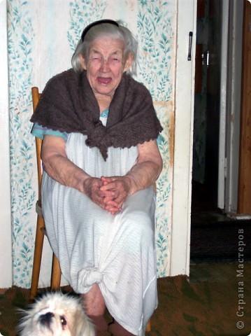 Уметь стареть - вершина мудрости и одна из труднейших сторон великого искусства жизни.                                                   Амьель  Анри Фредерик   Я  согласна со всеми, что наши репортажи о домашних животных и вкусных пирогах красивы и полезны, но я решила рискнуть и выставить на Ваш суд  фоторепортаж  на очень серьезную,  болезненно-загоняемую в глубины нашего сознания, тему – Наши Старики, будь они нам нашими дорогими и любимыми родителями, дедушками и  бабушками, соседями или просто, проходящие, тихой походкой, мимо. фото 1