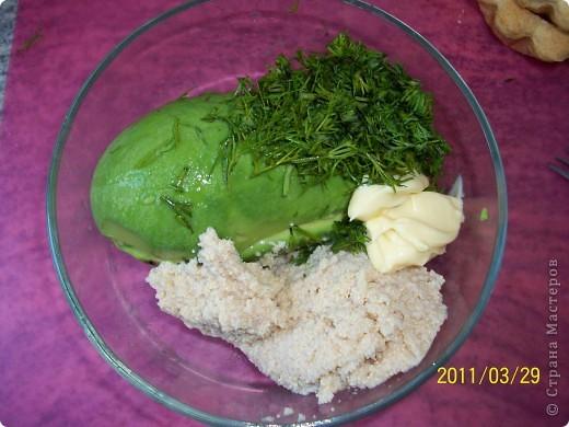 Тарталетки с авокадо и икрой минтая фото 3