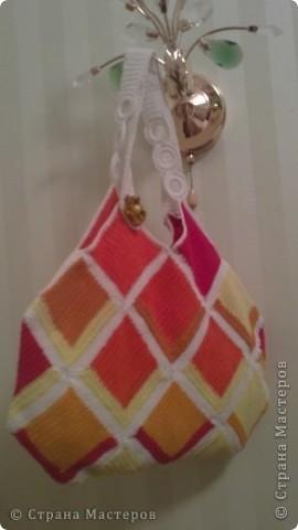 Матери которые ругают своих сыновей за беспорядок в их комнате, должны вначале заглянуть в свою сумочку! фото 2