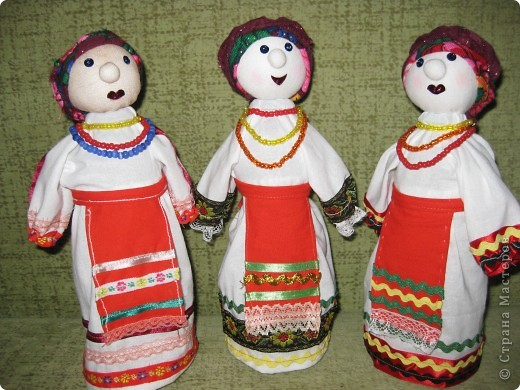 в 2012  году будет отмечаться 1000-летний юбилей единения мордвы с народами России. Подготовка к празднованию такого события в республике уже идет. Кукол делали для выставки. фото 1