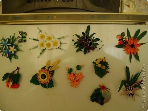 Мои магнитики на холодильник - это маленькие миниатюрки-повторюшки. Где что красивое увижу в Стране - стараюсь повторить в миниатюрках. В этих работах я уже использовала корейскую бумагу. фото 1
