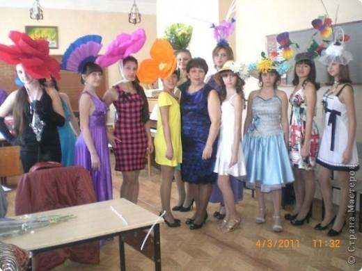 Шляпки. А девушке в 17 лет какая шляпка не пристала... фото 3