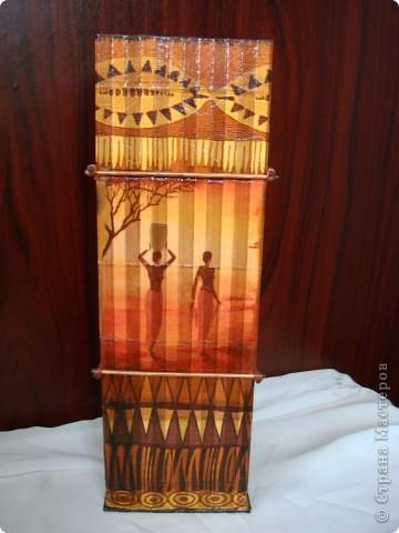 В дополнение к ранее сделанным панно, появилась вазочка. фото 6