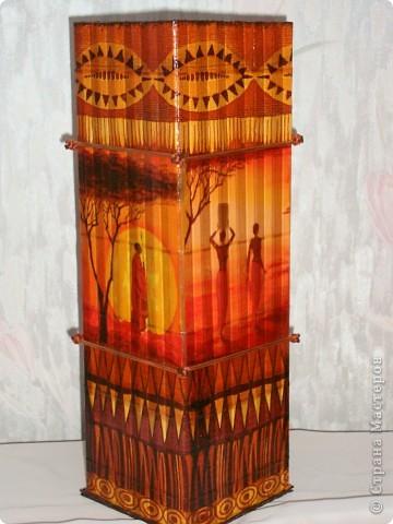 В дополнение к ранее сделанным панно, появилась вазочка. фото 1