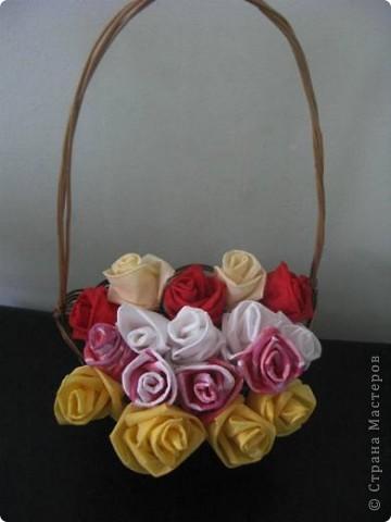 """После размещения своего мастер класса """"Розы из бумажных салфеток"""", я получила множество откликов и увидела  фото работ, выполненных по этому мастер классу. Очень приятно, что мои розы заинтересовали жительниц Страны мастеров. Это фото из МК  http://stranamasterov.ru/node/162472  . фото 19"""