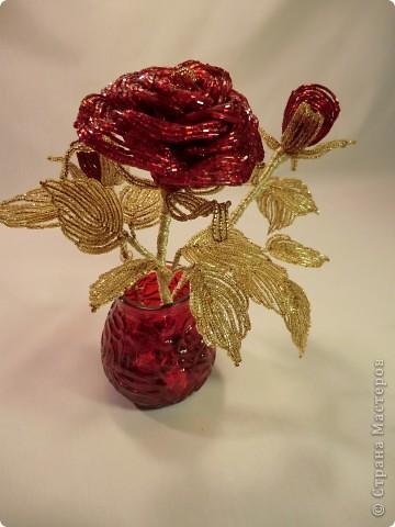 ... Бисероплетение роза из бисера Бисер